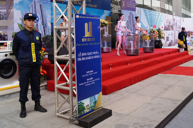 banner-ve-sy-thang-long-06